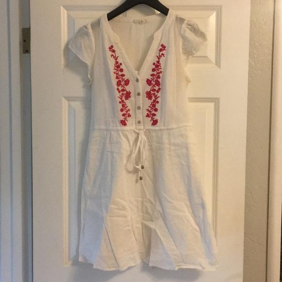 Maison Jules Dresses & Skirts - Embroidered cotton dress